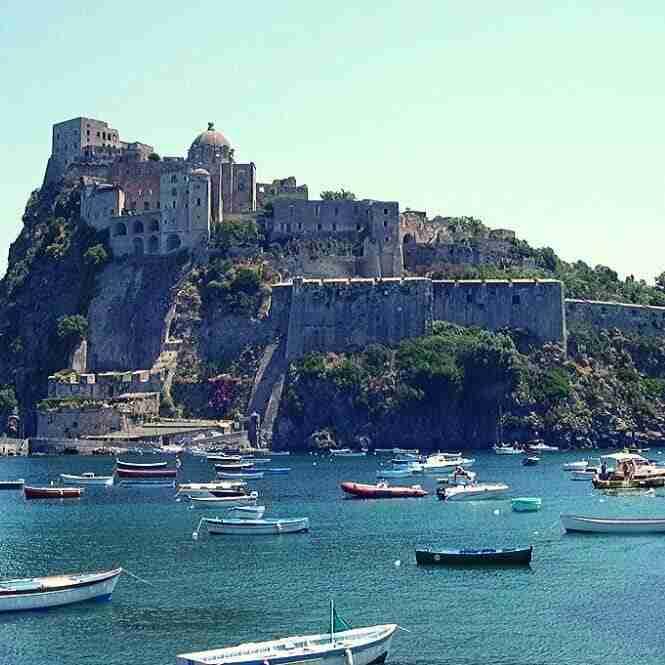 Il Castello di Baia